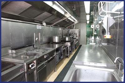 CUCINA MOBILE Noleggio attrezzature per catering
